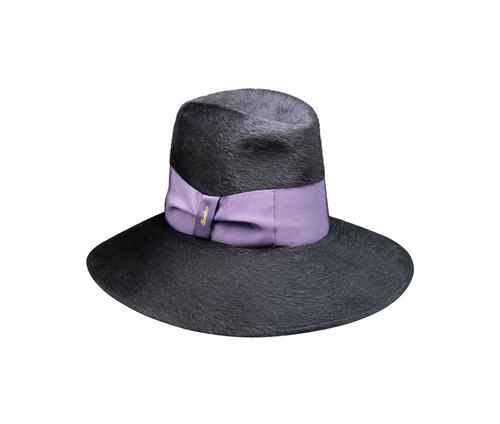 Melousine hat, wide brim
